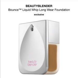 Beautyblender Bounce Liquid Whip Foundation